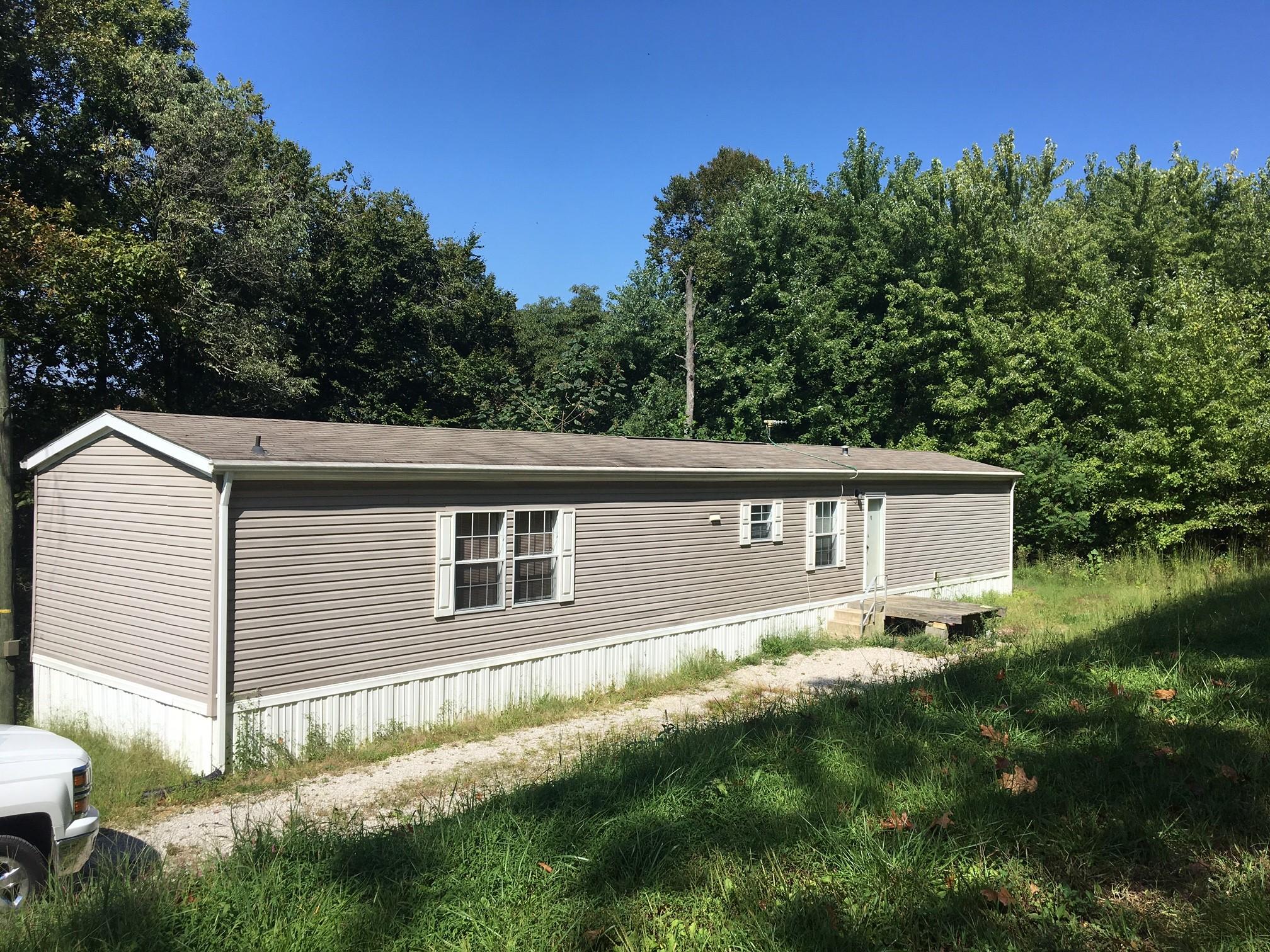 106 Flat Rock Rd. Battletown, KY 40104